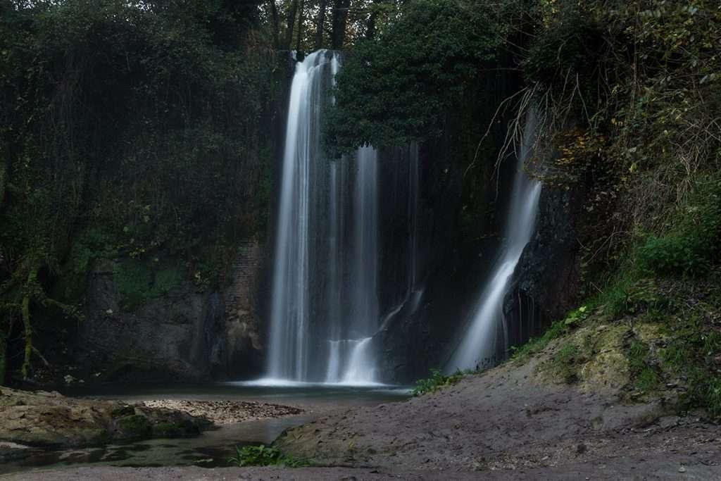 Escursione fotografica alle cascate nascoste di Sarnano