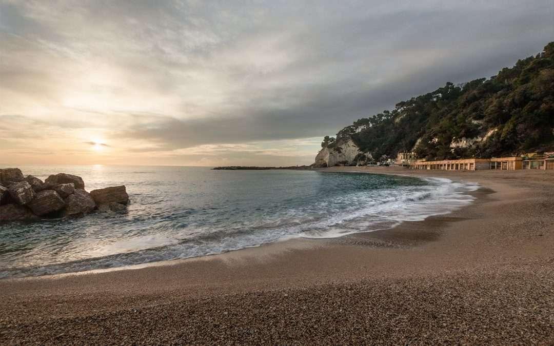 Spiaggia Urbani:il posto ideale per venire a fotografare l' alba